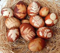 Levélrátétes tojások
