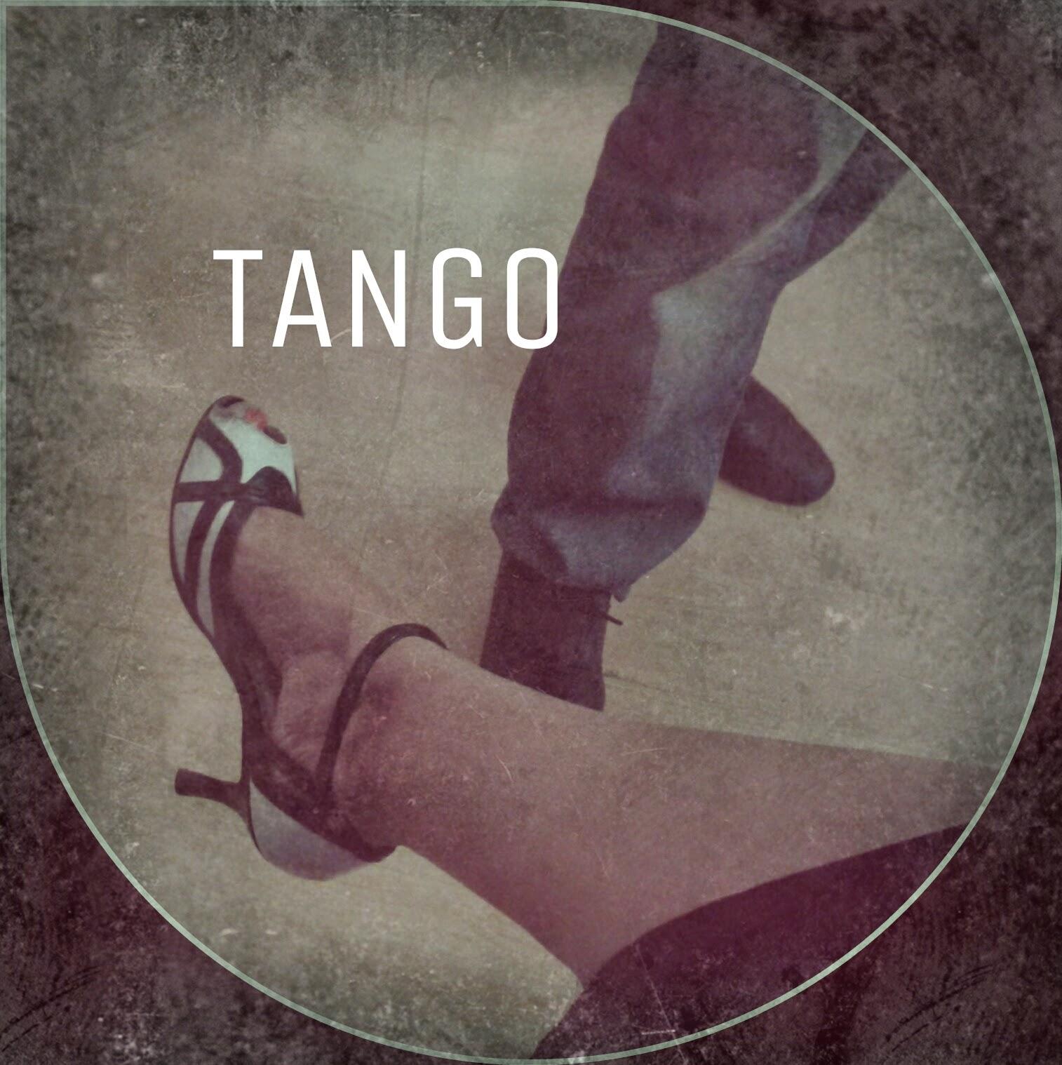 Nuestros pies en tango
