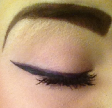 Laura Geller gel eyeliner in purple