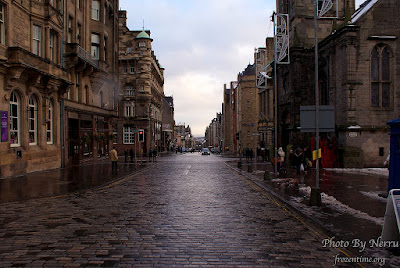 The Royal Mile, Edinburgh, U.K by Mike M