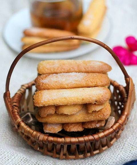 Lady Finger Cakes (Bánh Sampa)