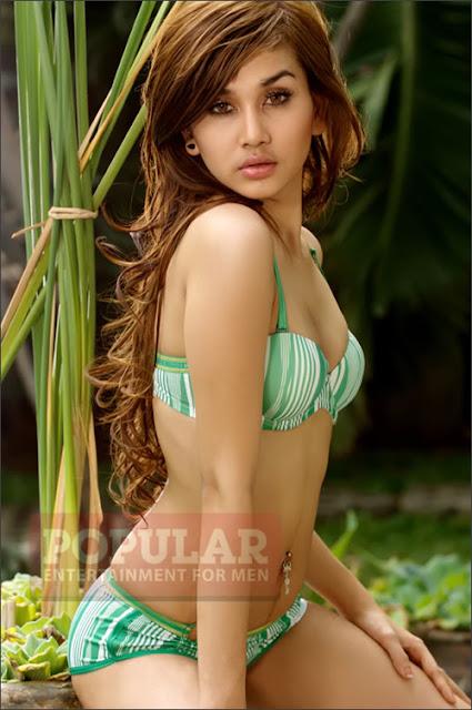 Foto Model Majalah Bokep/ Porno yang Seksi dan Hot