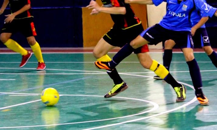 Entrenado fútbol sala detenido en las palmas de gran canaria por abuso sexuales a menores