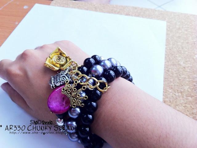 chunky-charm-bracelet