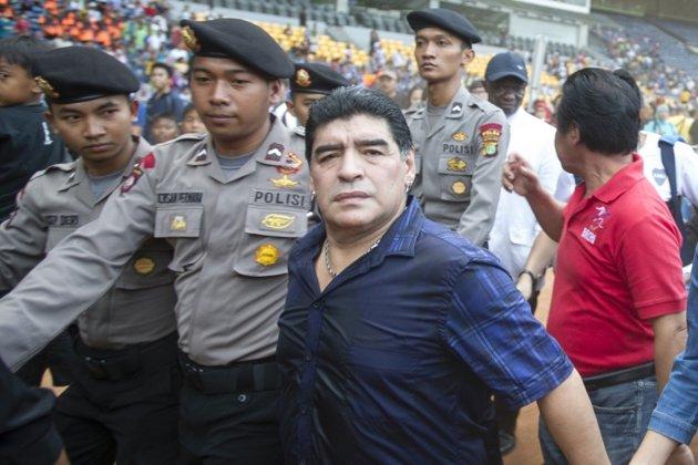 Foto Foto Maradona Di Jakarta Indonesia