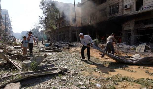 More than 700 killed in Syria as ISIS tightens grip on east