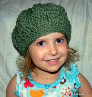 Swirls and Sprinkles: Easy crochet ribbed beret hat
