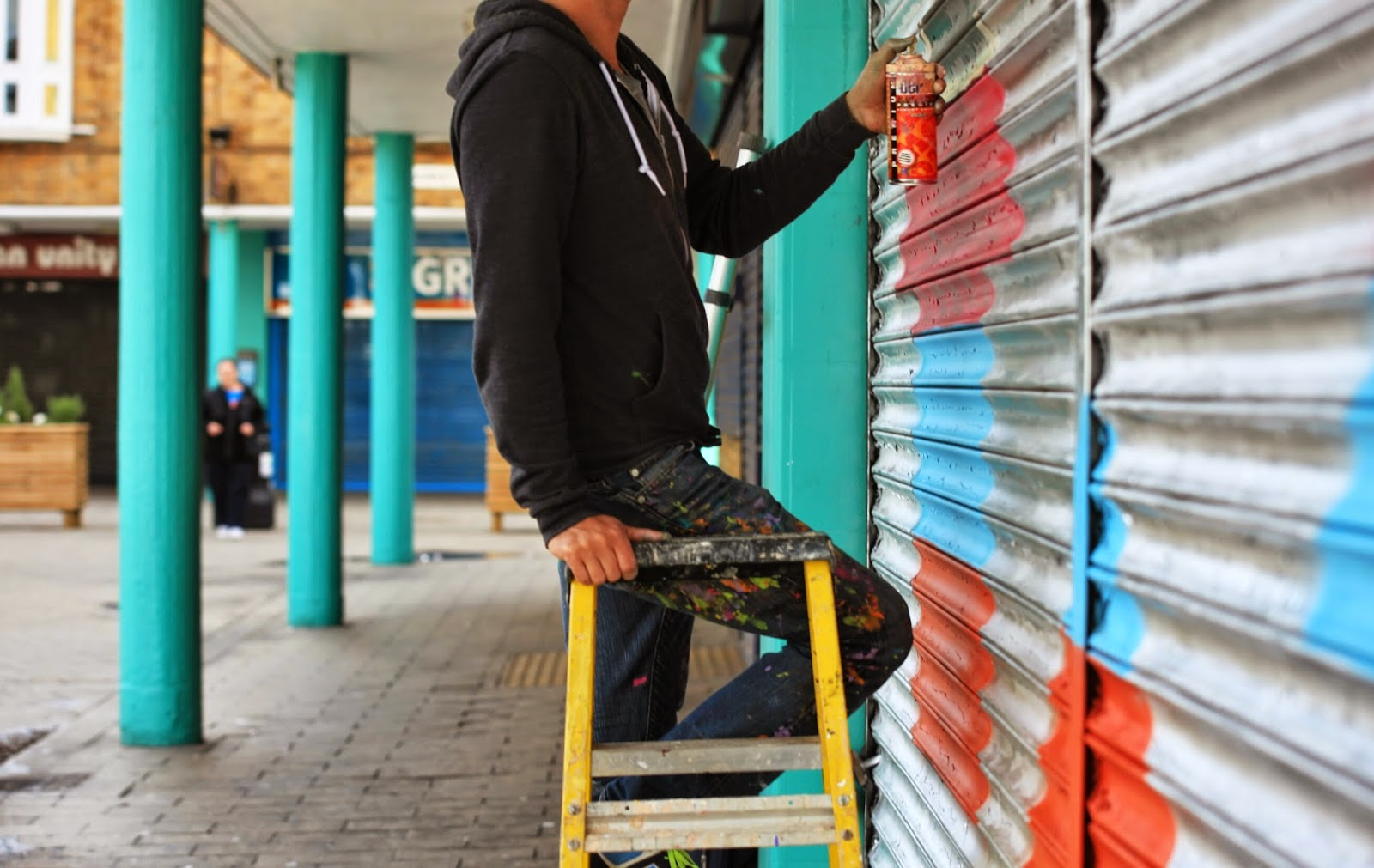 The American artist recently spent some time in London. One of the projects he was working on is to paint a few shutters at Poplar.