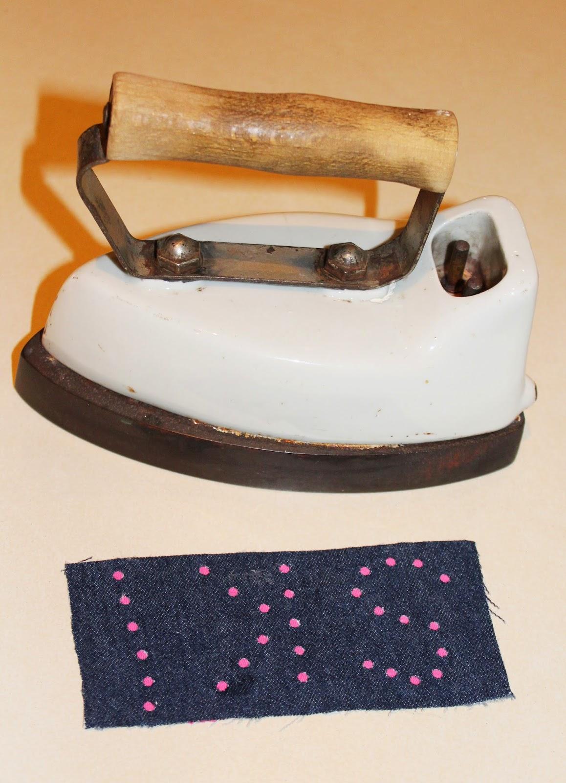 łatka z materiału DIY,ceramiczne żelazko,stare żelazko, DIY project, klejenie tkanin, klej