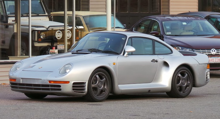Porsche 959 For Sale >> For Sale 1988 Porsche 959 With 10 000 Miles Priced At 1 45 Million