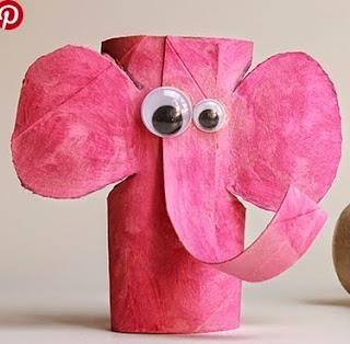http://papelisimo.es/2015/02/elefante-con-rollos-de-papel-higienico-me-gusta-reciclar/