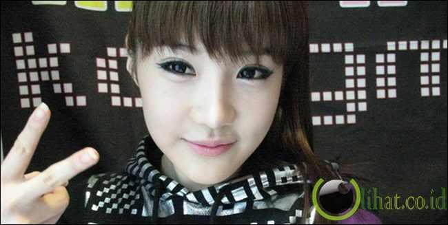 Park Bom [ 2ne1 ]