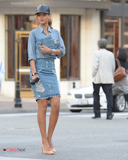 Rihanna Pictures in Denim Skirt Shopping in LA ~ Celebs Next