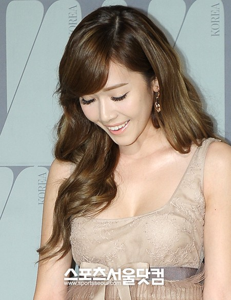 Present At The Said Event Was Snsd S Jessica Be Mesmerized By Jessica