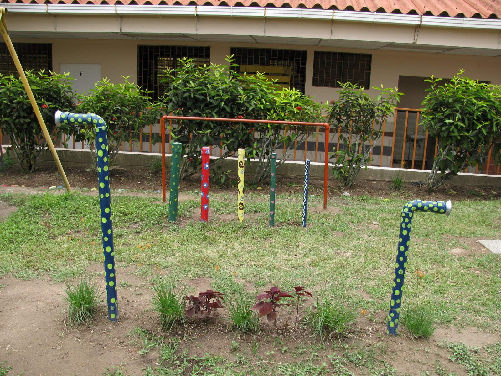 The hogar del ni o project sensory garden for Sensory garden designs
