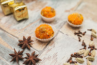 Морковная халва с орехами и сухофруктами (вегетарианцы, пляшите!)