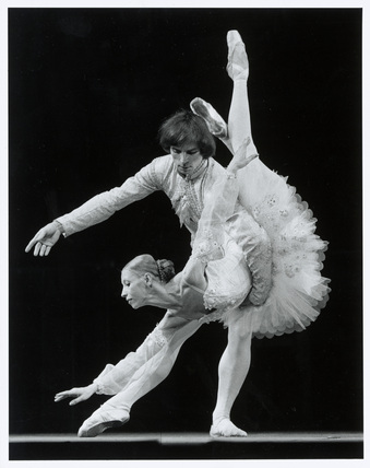 Rudolf Nureyev and Natalia Makarova. Photo: Anthony Crickmay / V&A Museum © Source: Vandaprints