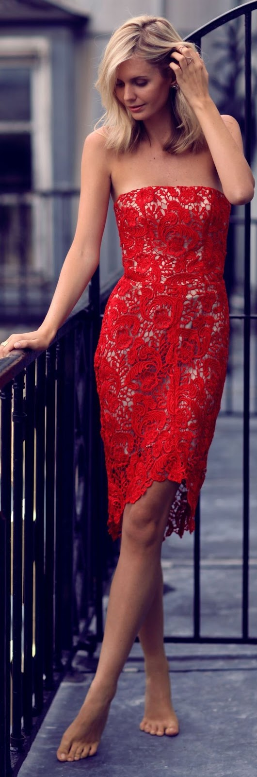 Tuula Vintage - Red Lace Bodycon Off Shoulder Midi Dress