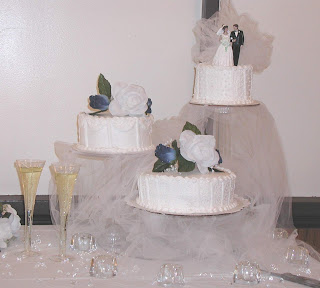 3 Tier Wedding Cake stands With Fondant