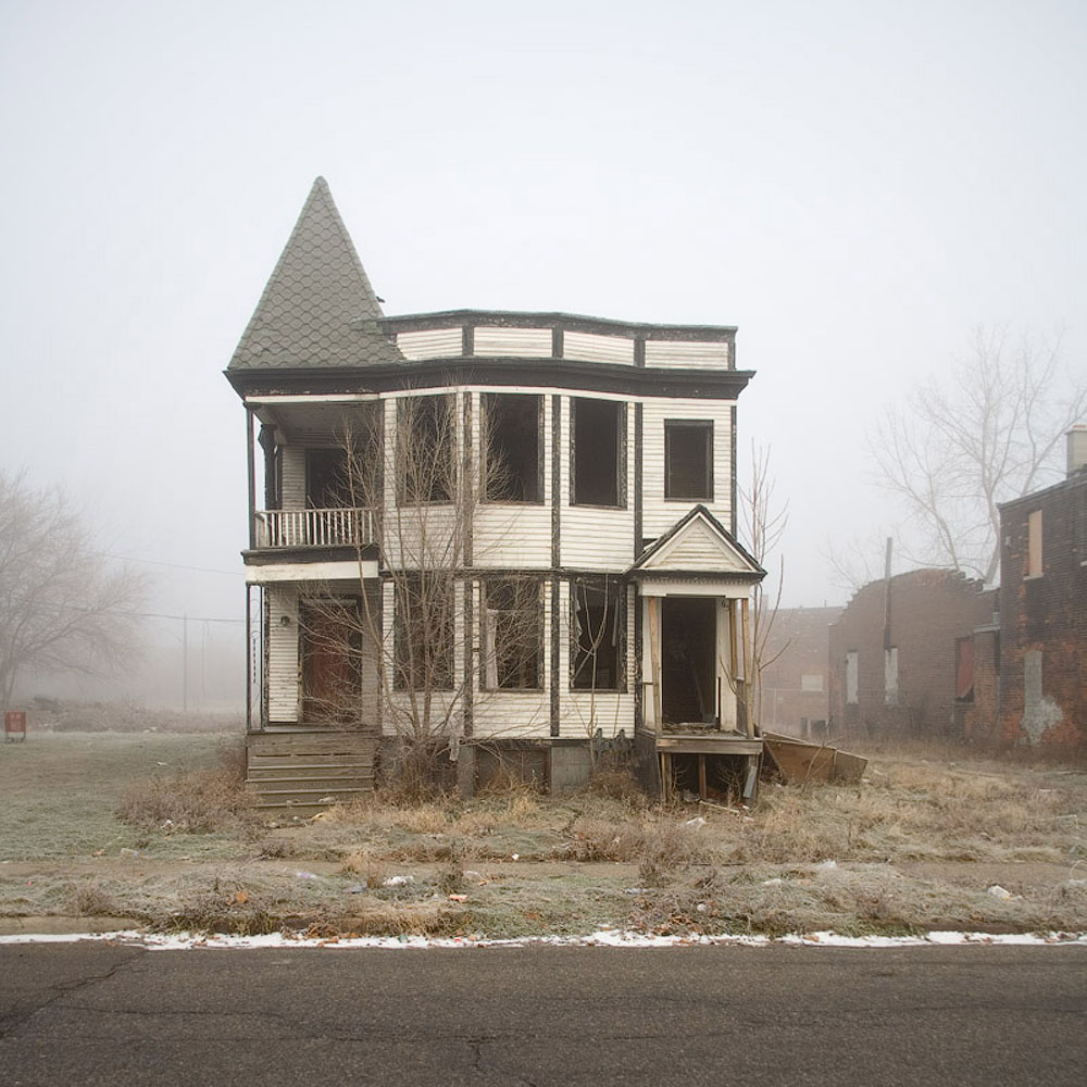 The reel foto kevin bauman 100 abandonded detroit houses for 3 4 houses in michigan