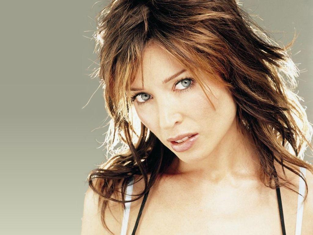 http://2.bp.blogspot.com/-nH5G5Z5D0EE/T1dwju3PXbI/AAAAAAAAAOo/HDxeD0Q0-2M/s1600/Dannii-Minogue-40.JPG