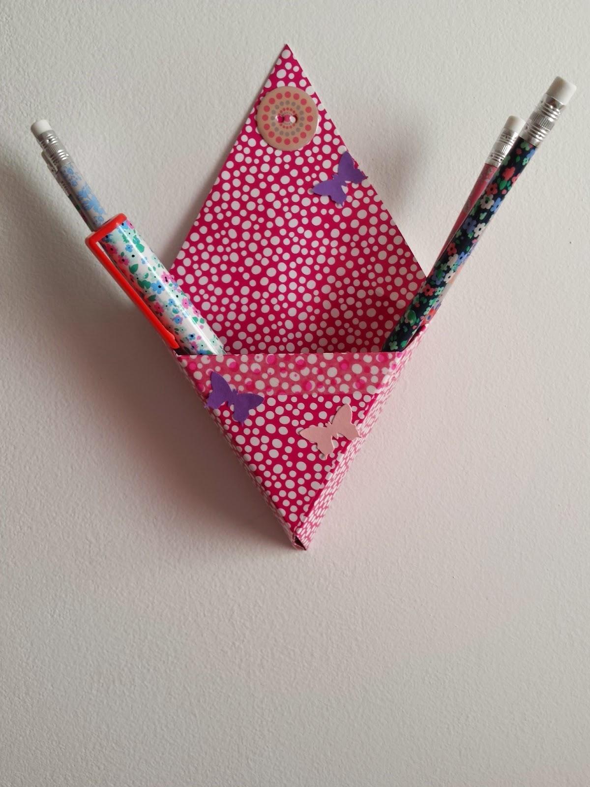 rose de biboun diy je cr e une bo te murale et pourquoi pas un calendrier de l 39 avent en origami. Black Bedroom Furniture Sets. Home Design Ideas