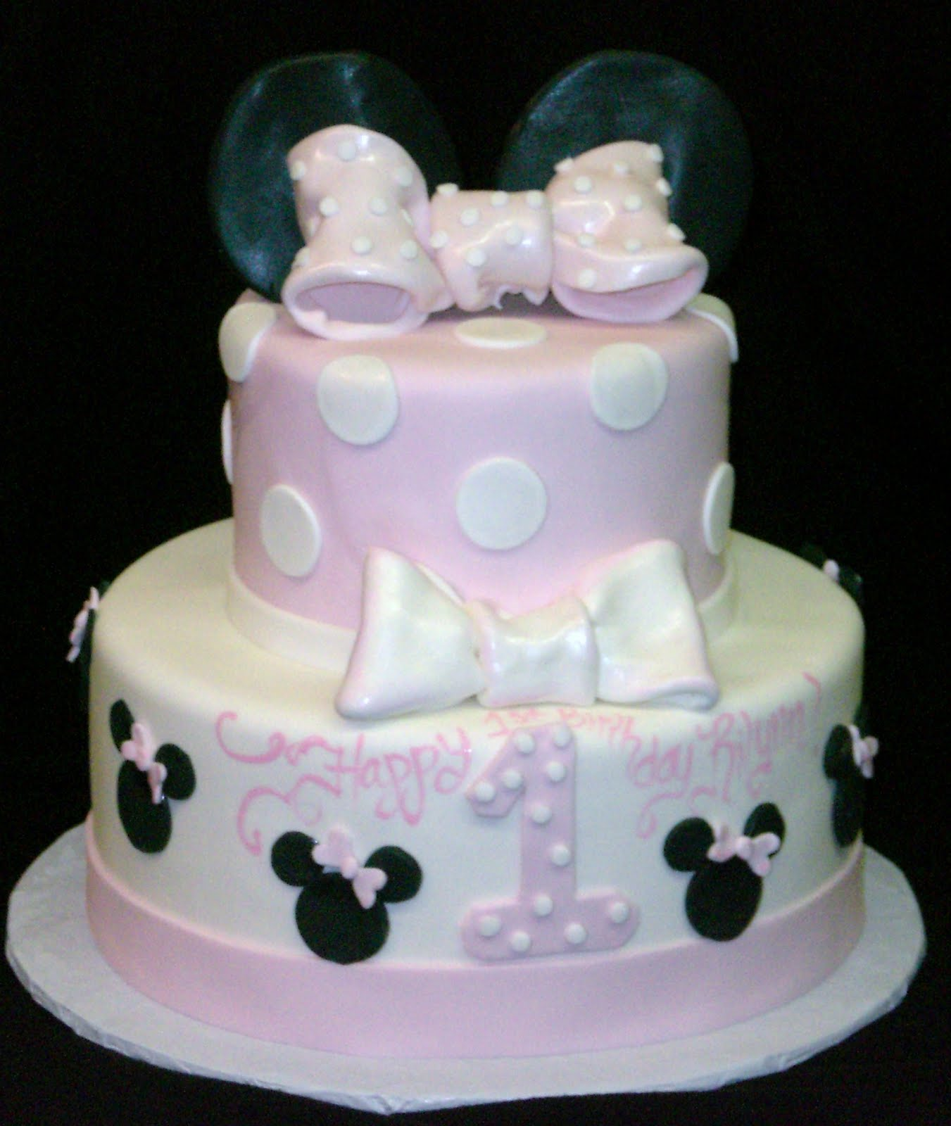The Crimson Cake Blog Baby Pink Minnie Mouse Cake with Smash