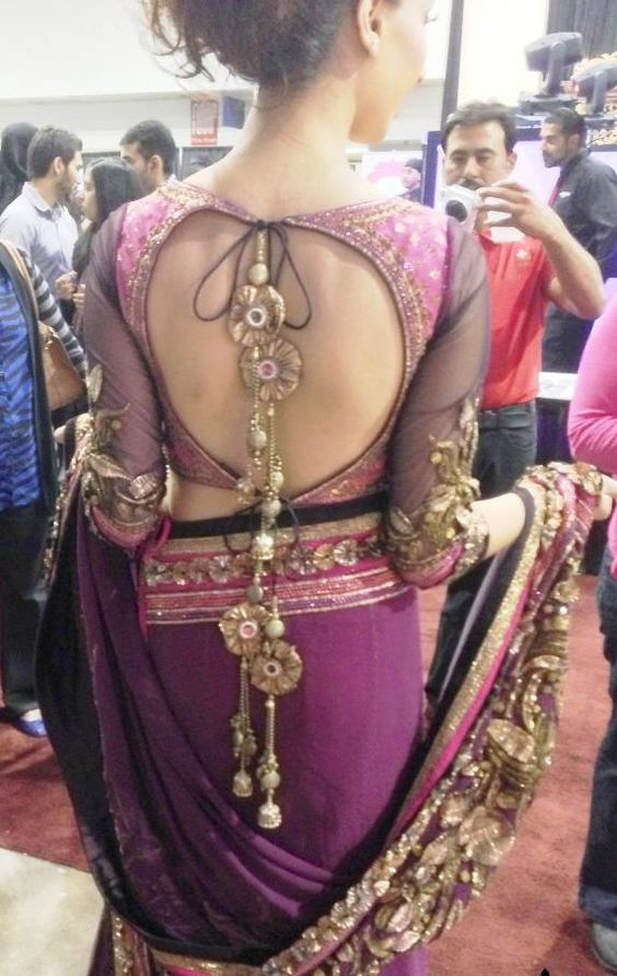 sexy back in saree
