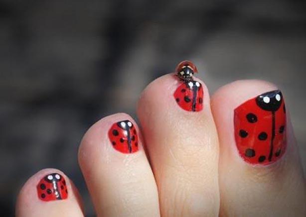 Wonderful stylish pedicure nail art ideas to try this winter manicureideastotryinthiswinterstyleslookspot3g prinsesfo Images