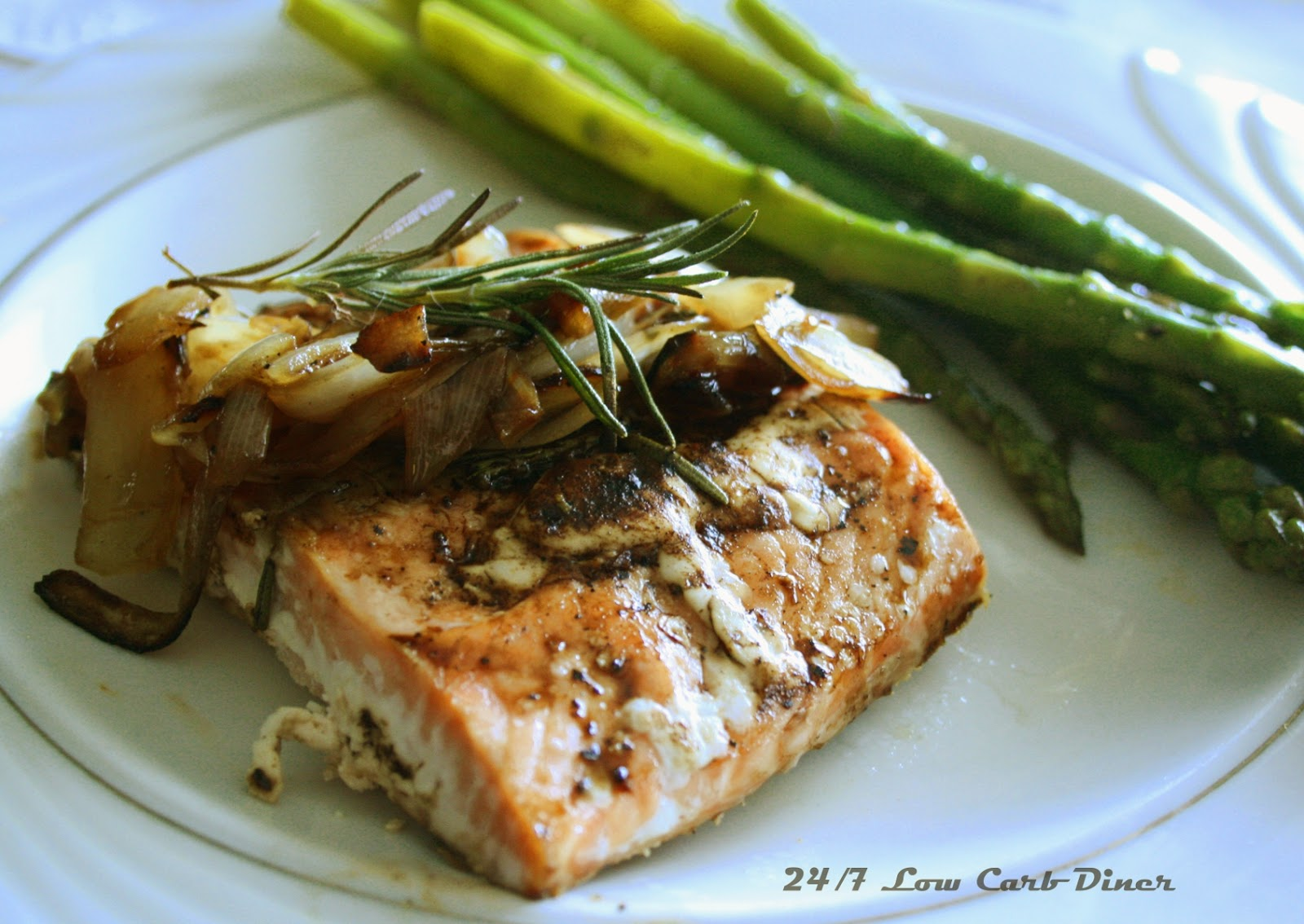24/7 Low Carb Diner: Rosemary Balsamic Glazed Salmon