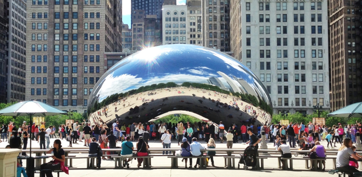 Chicago's Bean (Cloud Gate) in Millenium Park.
