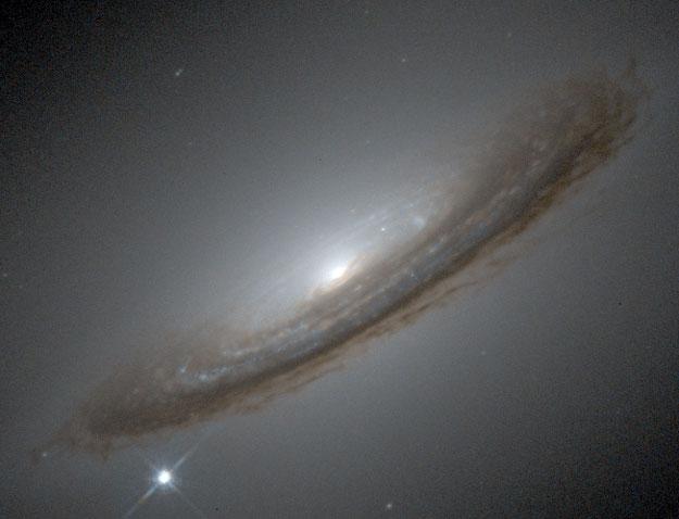 Contoh Gambar Galaksi Dalam Panorama Yang Spektakuler
