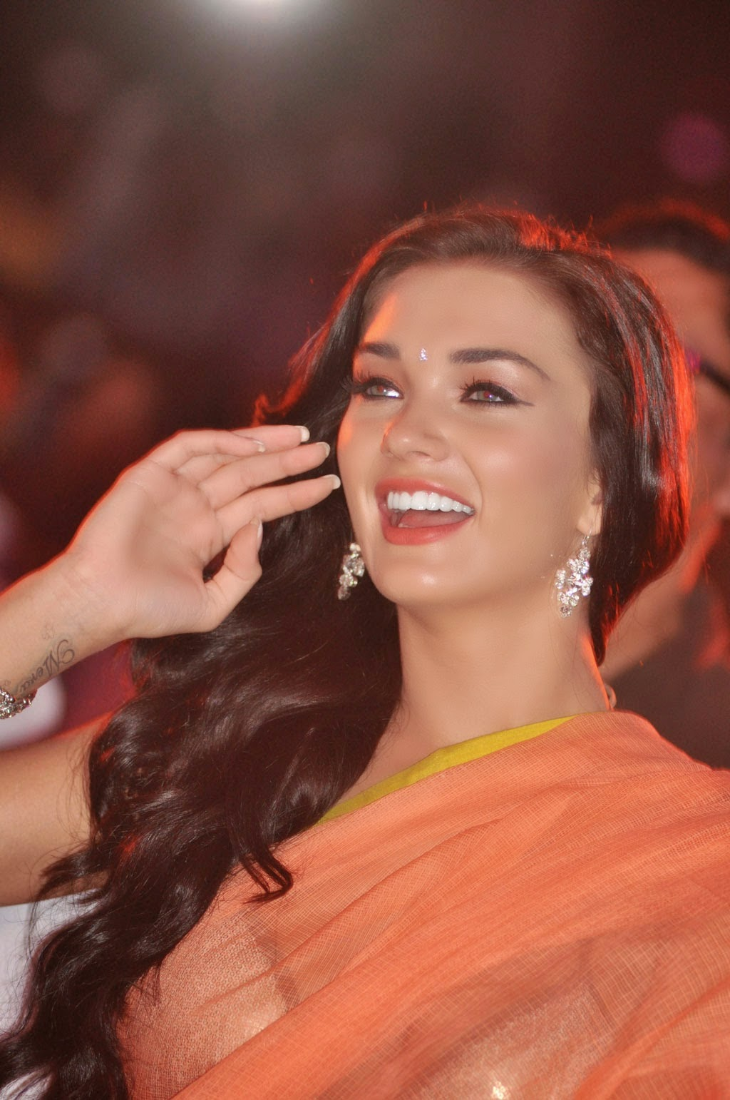 amy jackson hot hd wallpapers