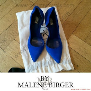 Crown princess Victoria Style BY MALENE BİRGER Pumps and STELLA McCARTNEY Clutch Bag