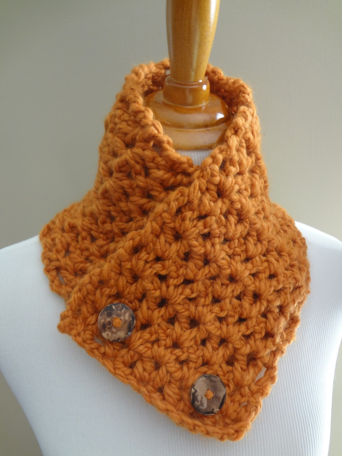 Free Crochet Pattern For Cowl Neck Warmer ~ Pakbit for .