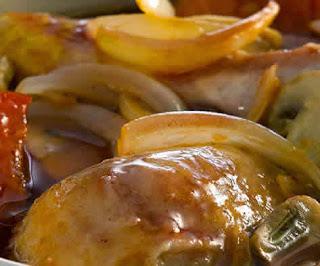 Cacerola de pollo con tocino