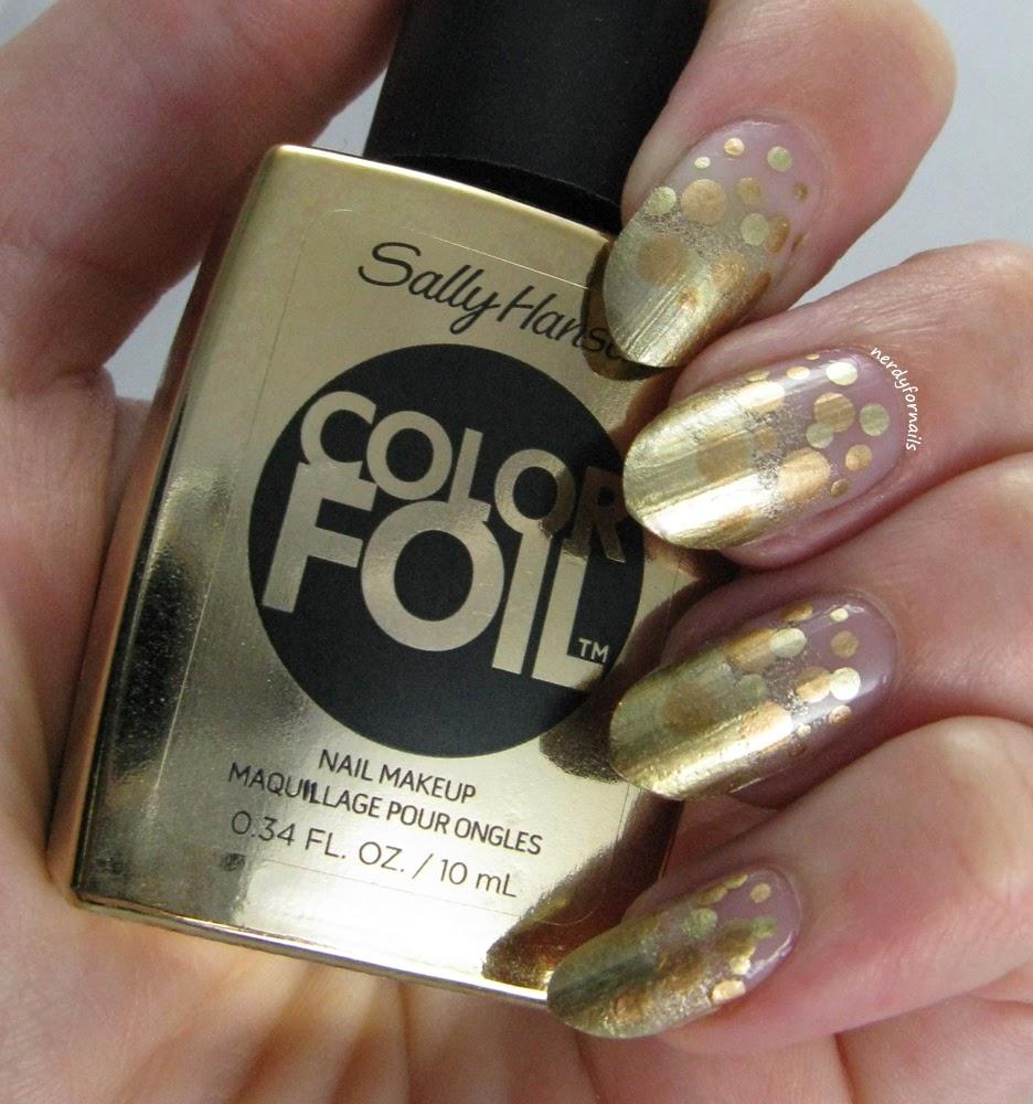 30 Days of Colour Challange Gold Dotticure Sally Hansen Color Foil Liquid Gold