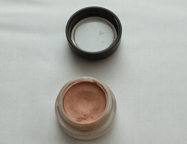 MAC PRO LONGWEAR PAINT POT IN LAYIN' LOW