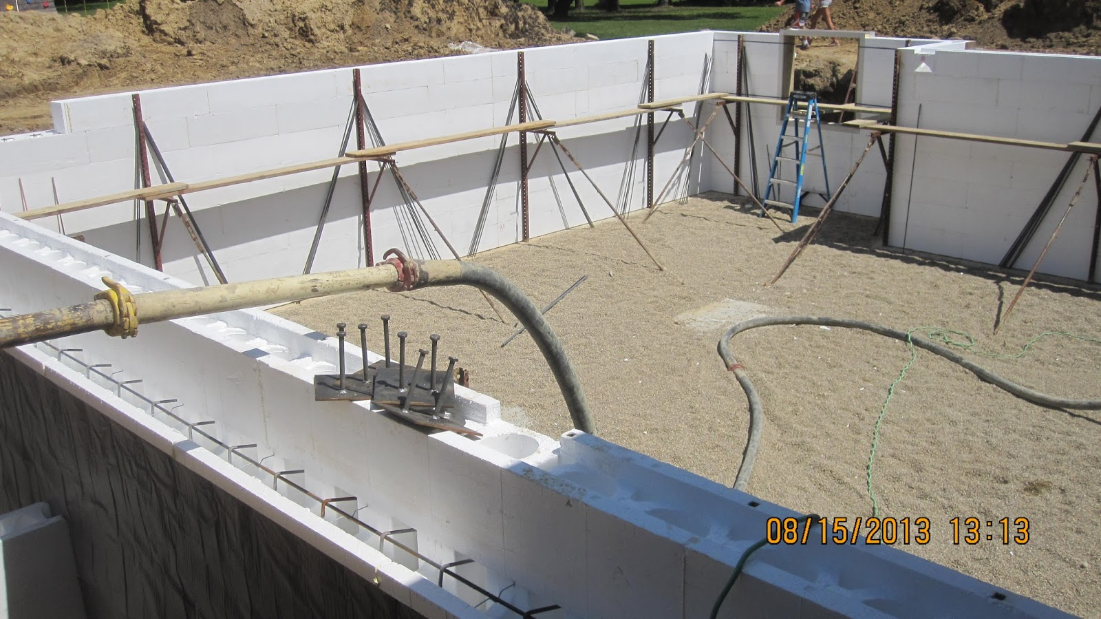 energy efficient building network placing concrete in
