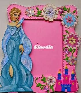http://goma-eva.com/moldes-princesa-elsa-de-frozen/