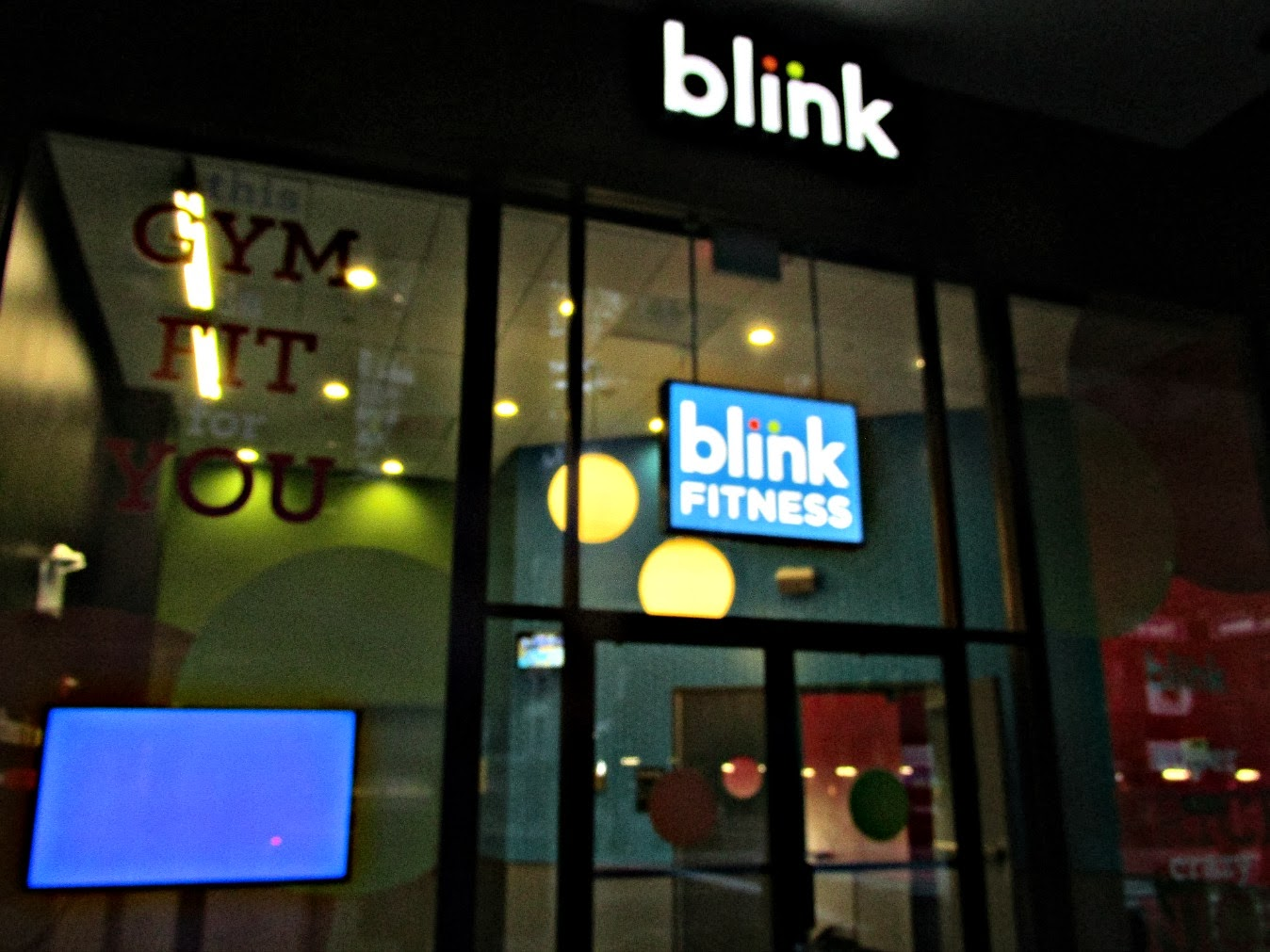 Ha! Blink looks so nocturnal because it was last shot I got this