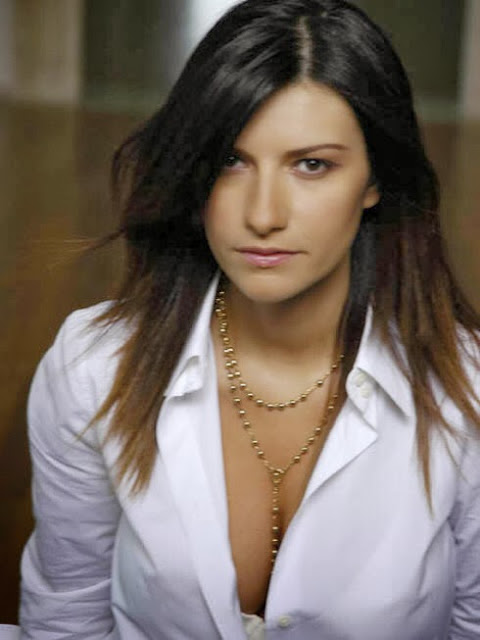 Laura Pausini - In Assenza Di Te (nuova versione 2013) - testo video download