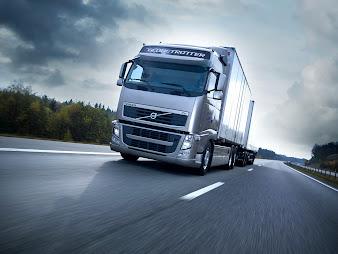 #11 Heavy Trucks Wallpaper