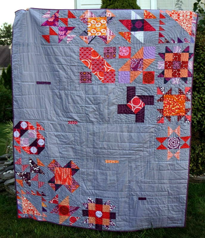 http://quiltyhabit.blogspot.com/2014/09/sisters-ten-quilt-2-two-finished-quilts.html
