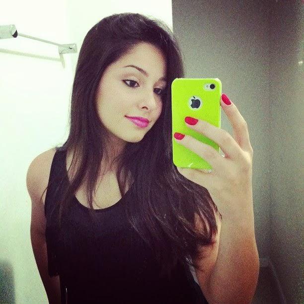 Fakes Meninas Morenas Para Facebook E Instagram
