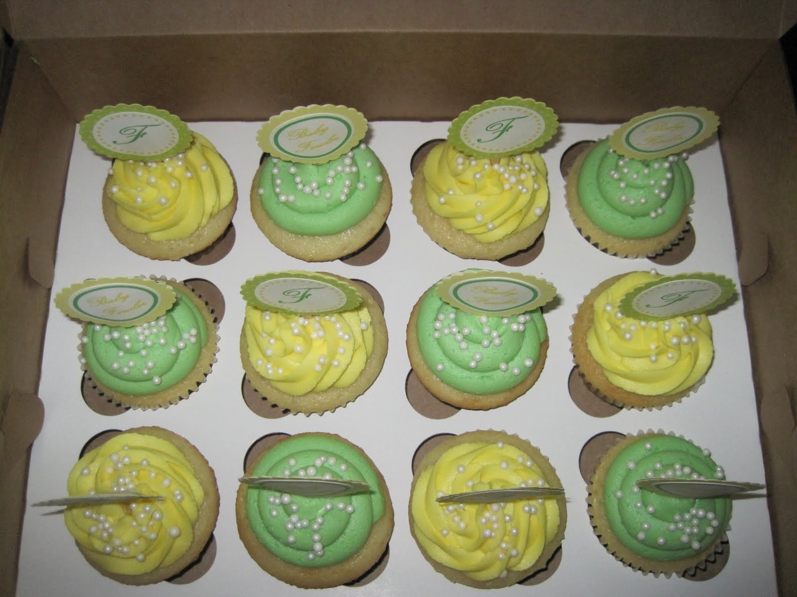 Baby Shower Cupcake Ideas Neutral : Silly Gilly Desserts: April 2011