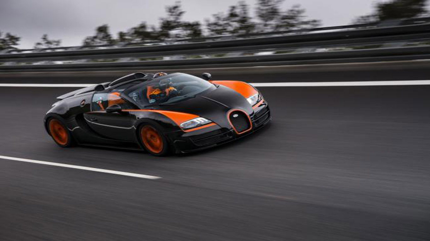bugatti veyron 16 4 grand sport vitesse the world 39 s fastest roadster d. Black Bedroom Furniture Sets. Home Design Ideas