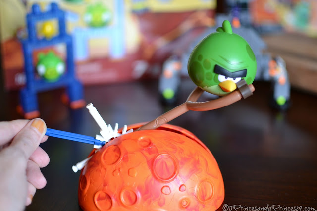 "Angry Birds Space: Red Planet ""Hogs on Mars"" Building Set #KNEX"