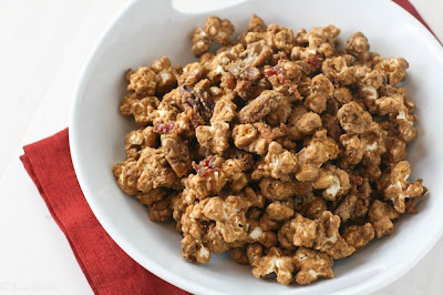 Food Babbles: Maple Bacon Caramel Corn w/ Pecans