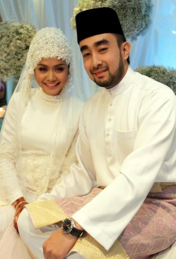 Liyana Jasmay dan Fathuddin Mazlan sah menjadi suami isteri.